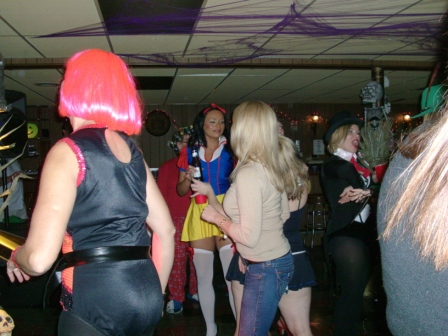 Halloween2010/2010_Halloween_Party_005.jpg