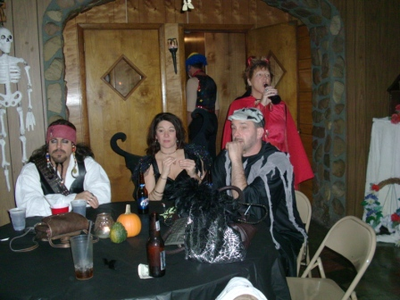 Halloween2010/2010_Halloween_Party_008.jpg