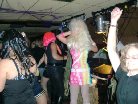 Halloween2010/2010_Halloween_Party_016.jpg