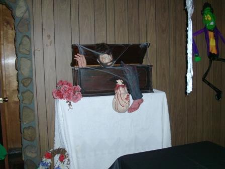Halloween2010/2010_Halloween_Party_024.jpg